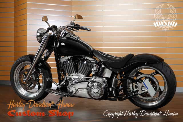 Softail Umbau Black Venom 280 Custombike vom Customshop Harley-Davidson Hanau