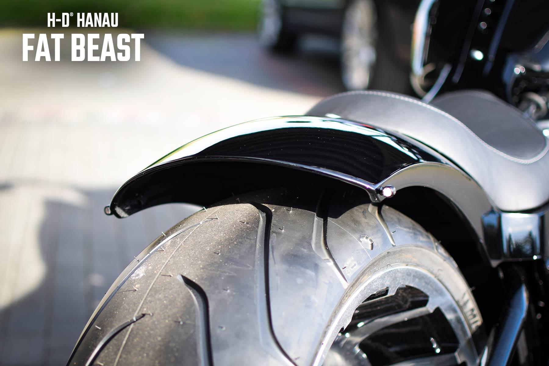 Harley-Davidson Hanau präsentiert Fat Beast Custombike - Umbau auf Fat Boy Basis