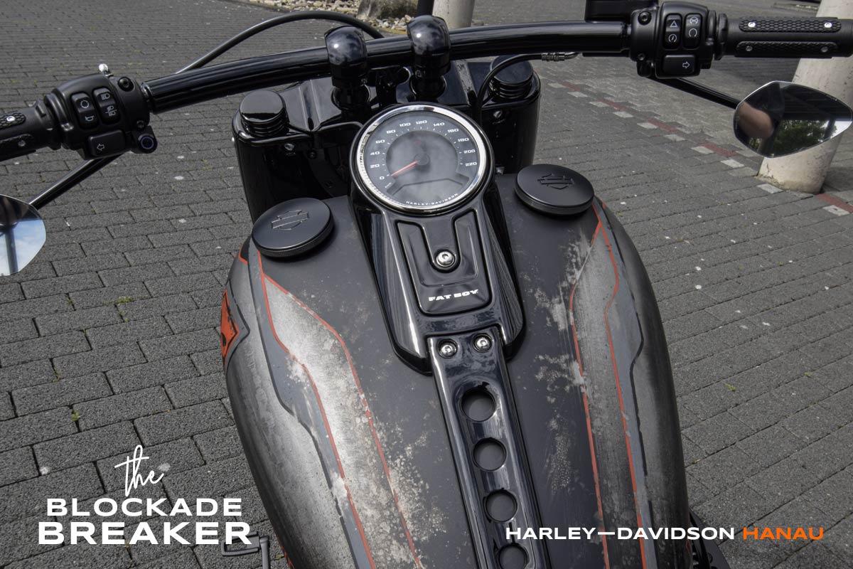 Harley-Davidson Hanau - The Blockade Breaker - Fat Boy Custombike