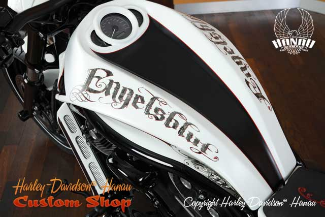 Night Rod Special Umbau Engelsblut Custombike durch Harley-Davidson Hanau